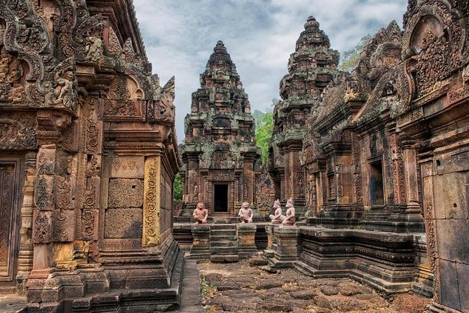 Grand Tour and Banteay Srei Group Tour