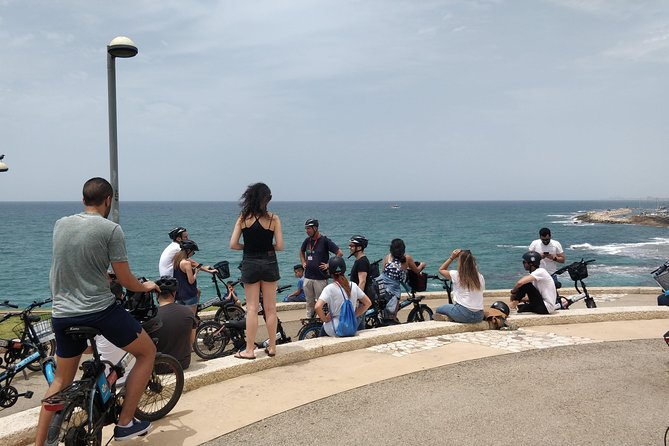 Tel Aviv Open Daily bike Tour | 11:00 am Every Weekday