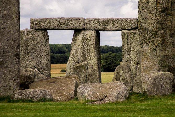 Private Stonehenge Tour - London to Southampton