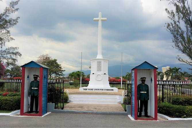 National Heroes of Jamaica and National Gallery Sightseeing Tour from Ocho Rios