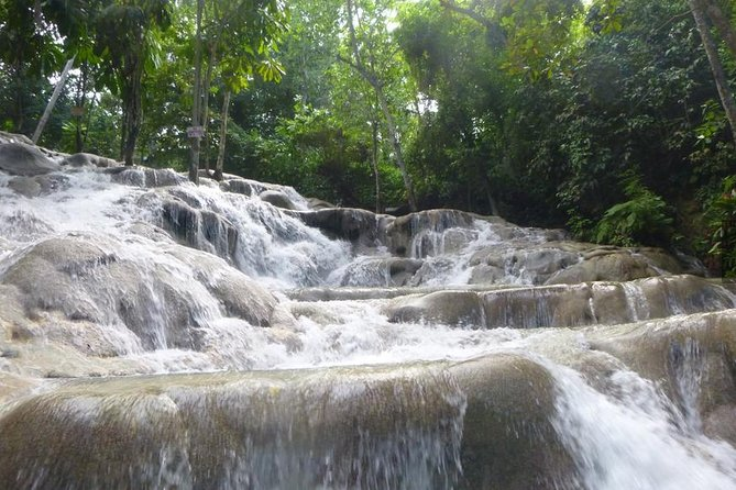 Private Dunn's River Falls and Martha Brae River Rafting Tour from Montego Bay
