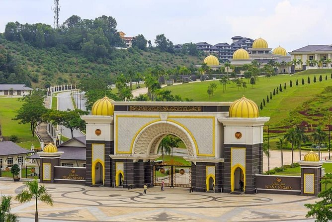 Kuala Lumpur Cruise Tour: Batu Caves & Full sightseeing 20 Attractions photo 4