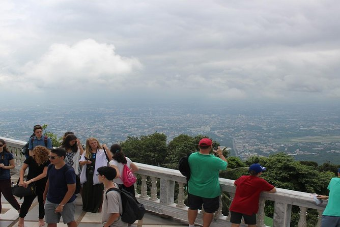 Private LandMark tour! Doi suthep+Hmong hilltribe + Umbrella village&Hot spring photo 17