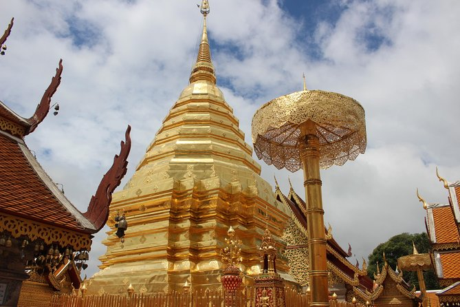Private LandMark tour! Doi suthep+Hmong hilltribe + Umbrella village&Hot spring photo 11