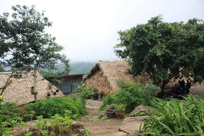 Private LandMark tour! Doi suthep+Hmong hilltribe + Umbrella village&Hot spring photo 18