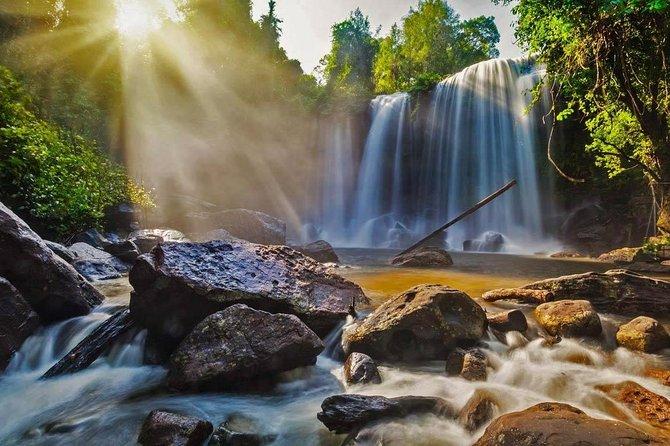 Phnom Koulen Waterfall &1000Lingas Group Tour