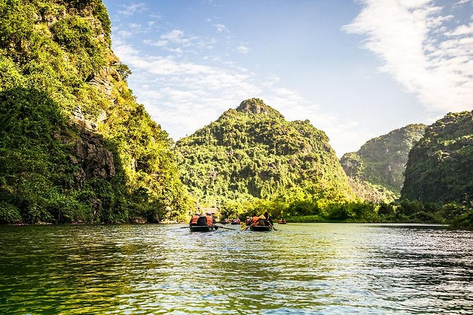 From Hanoi : Top Sightseeing Trang An & Hoa Lu Wonderfull Landscape photo 1