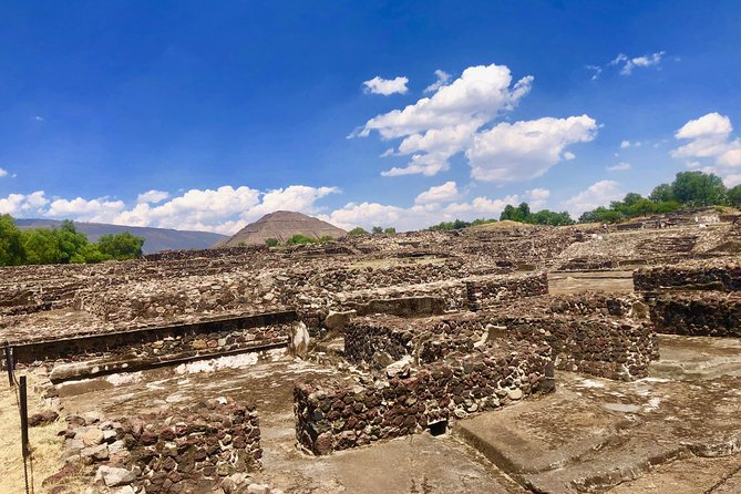Day trip to Teotihuacan and the Pyramids photo 8