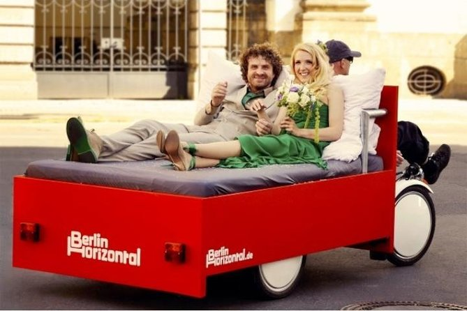 Berlin Horizontal: City and photo tours in a comfortable bed bike, 2 hours
