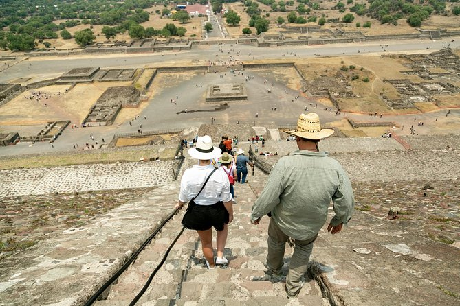 Day trip to Teotihuacan and the Pyramids photo 14
