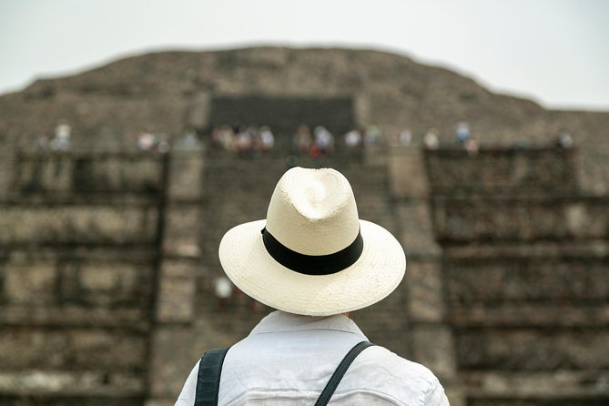 Day trip to Teotihuacan and the Pyramids photo 12