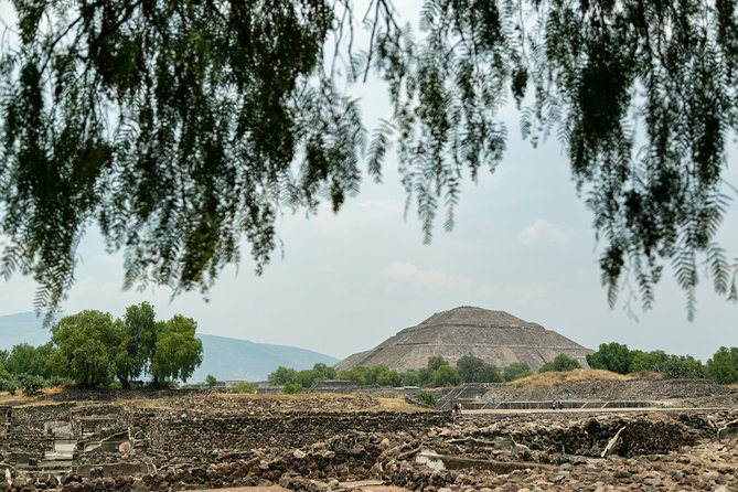Day trip to Teotihuacan and the Pyramids photo 6
