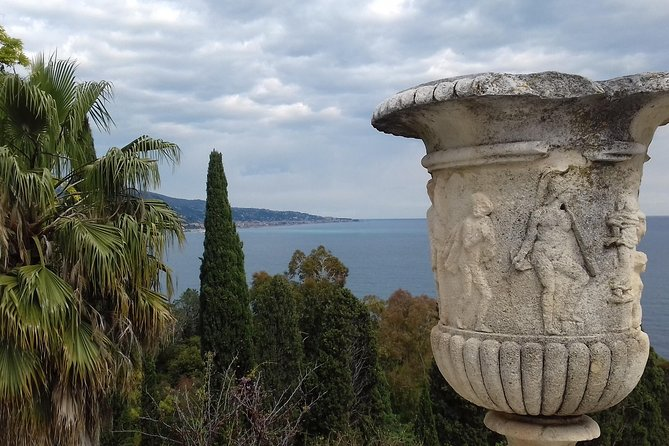 Eight hour private tour to two outstanding gardens in France and Italy