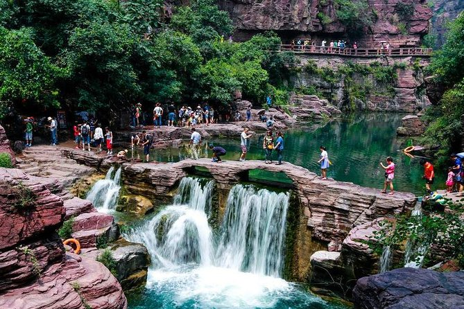 Private day tour to Yuntai Mountain and pick up from Zhengzhou city photo 1