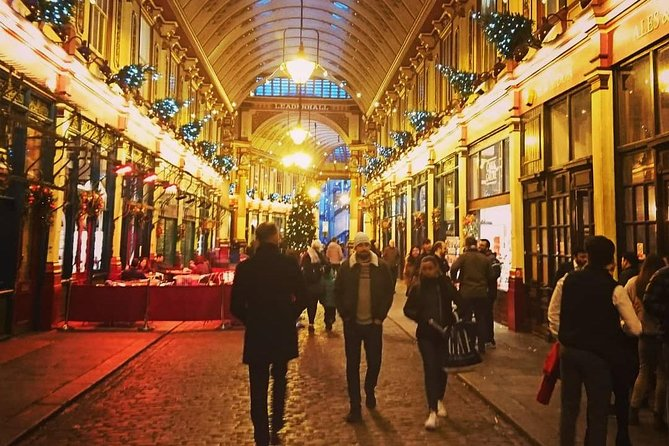 A Christmas Carol and Charles Dickens Old London Walking Tour
