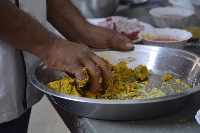 Traditional Rajasthani Cooking Class in Jodhpur with a Local