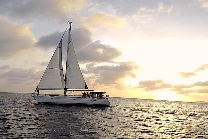 SoloBons G&T Private SunSet Sail