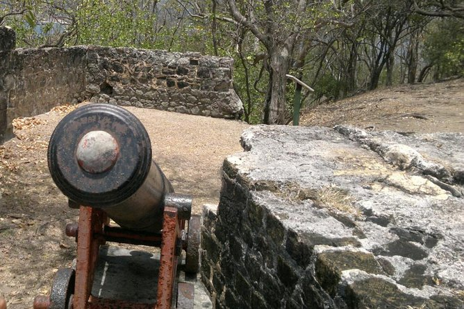 Hike the Fort Experience- Amazing Panoramic Views (Pigeon Island)
