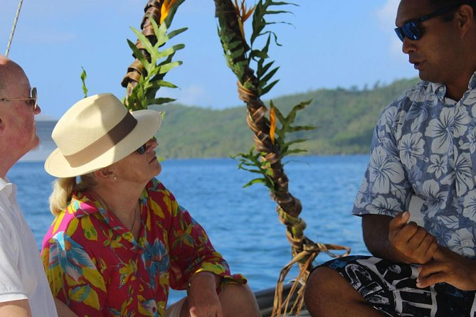 Narii PRIVATE Full Day Cultural & Lagoon Tour