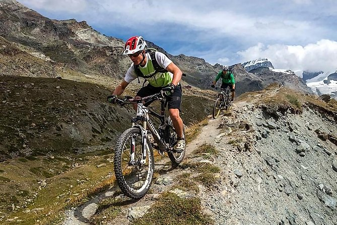 Mountain Biking for the Inca domains