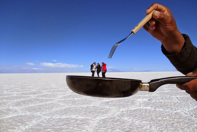 Salar De Uyuni (3 Days/ 2nights) Spanish Driver/Guide