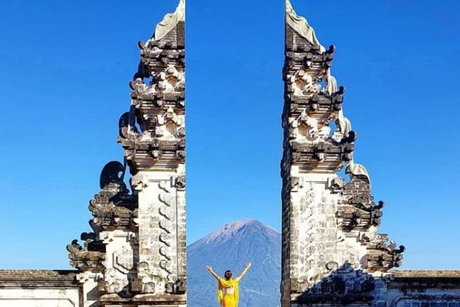 The Iconic Gate Of Heaven LEMPUYANG
