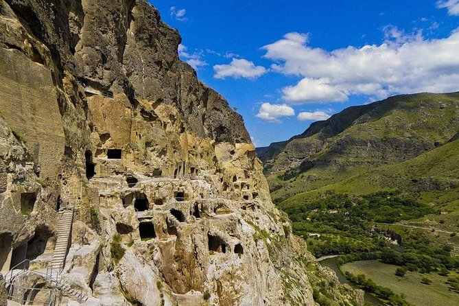 Vardzia, Rabati, Borjomi - BestSeller Tour by GeoInTours photo 9