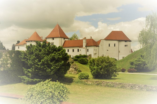 Discover FairyTale Croatia: Castles of Northern Croatia Private Trip from Zagreb