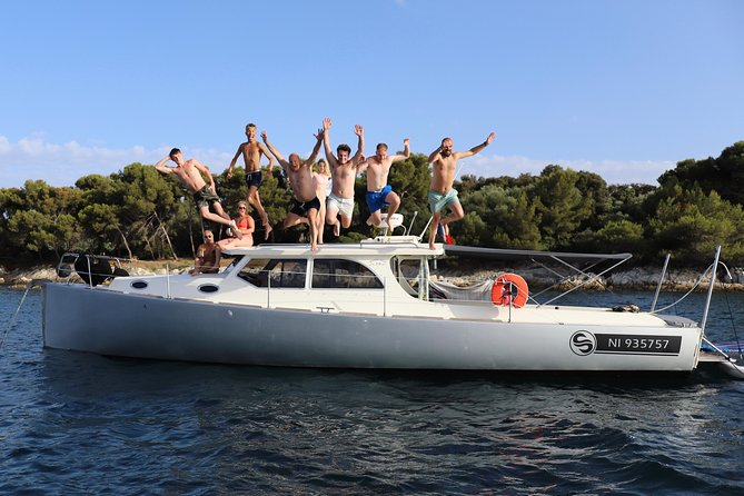 Sea excursion SUNSET (4h) + Stand Up Paddle activities on board