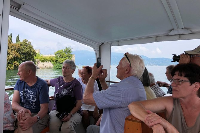 Lake Garda 4-Hour guided Boat Cruise to Isola del Garda and visit Salò