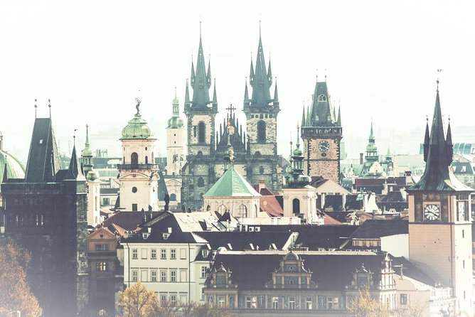 Dark Shadows of the Old Town: Ghosts of Prague Walking Audio Tour by VoiceMap