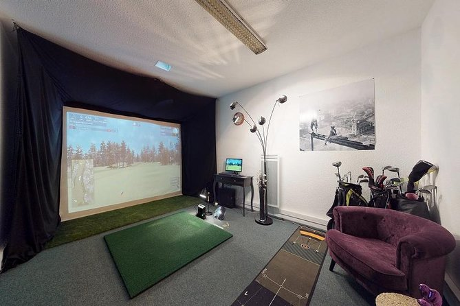 Golf Toulouse - Simulator golf session in downtown Toulouse