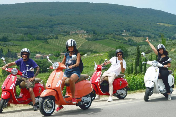 Small group - Tuscany Vespa tour from Florence with San Gimignano visit