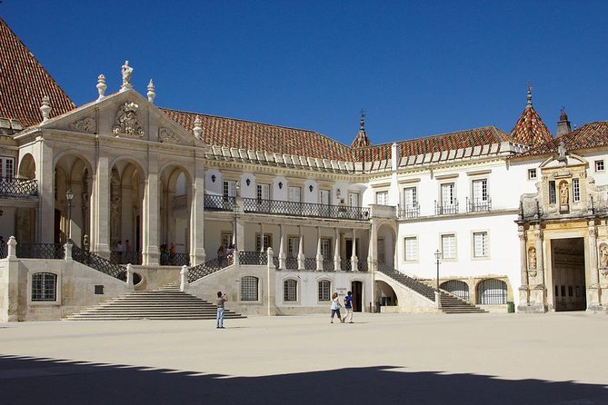 Coimbra and Aveiro Full Day Private From Lisbon photo 6
