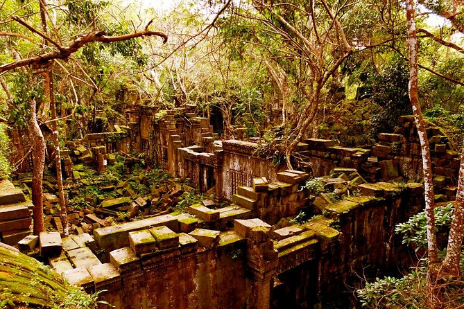 Hidden Temple of Beng Mealea and Kor Ker photo 9