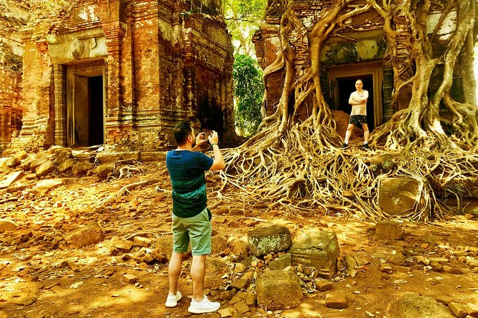 Hidden Temple of Beng Mealea and Kor Ker photo 4