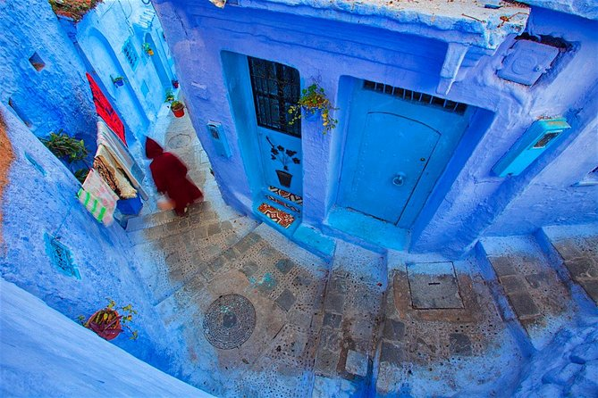 Transfer from fez to chefchaouen up to 7 people
