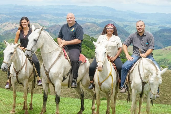 Horseback Riding Tour in Monteverde Plus Walk in Monteverde Cloud Forest