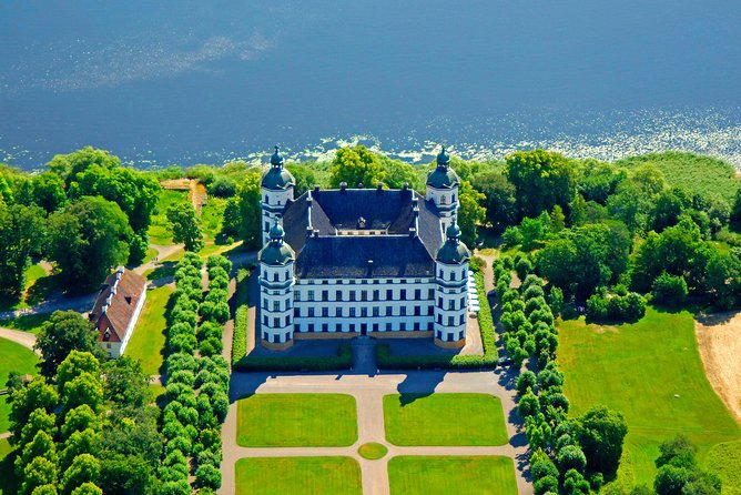 Private Tour from Stockholm to Skokloster Castle and Sigtuna by VIP car