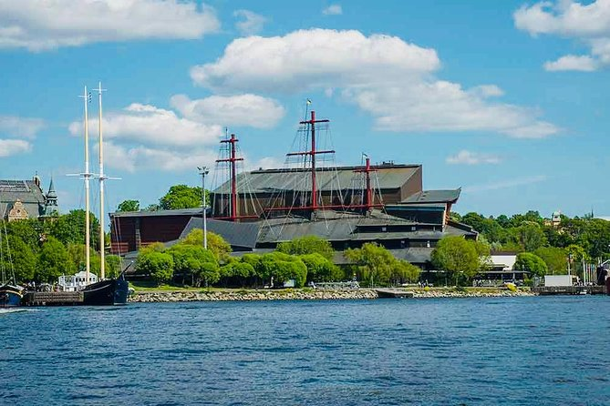 Stockholm Private guide City tour with Vasa museum by VIP car
