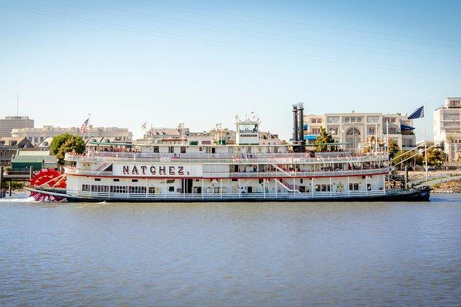 bateau-a-vapeur-natchez-croisiere-dans-le-port