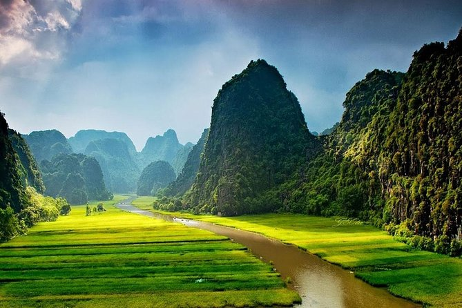 Ninh Binh One Day Tour from Hanoi: Tam Coc - Bich Dong Biking and Boat Trip