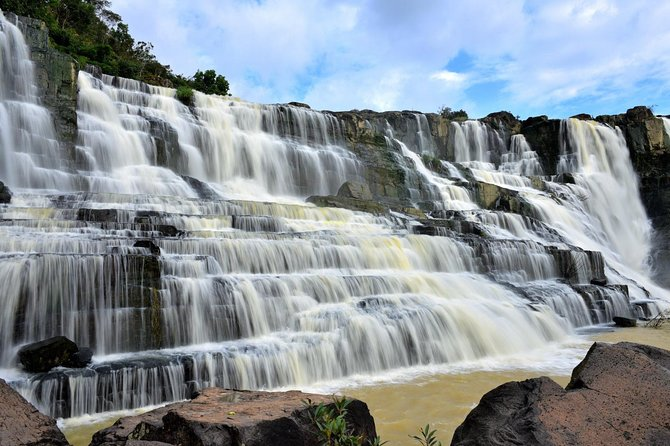Dalat waterfalls tour - group tour from US$30