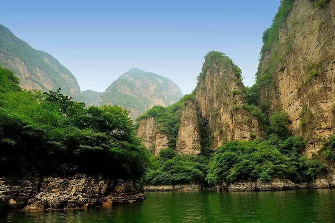 Private Transfer to Longqing Gorge and Guyaju Caves Excursion by English Driver