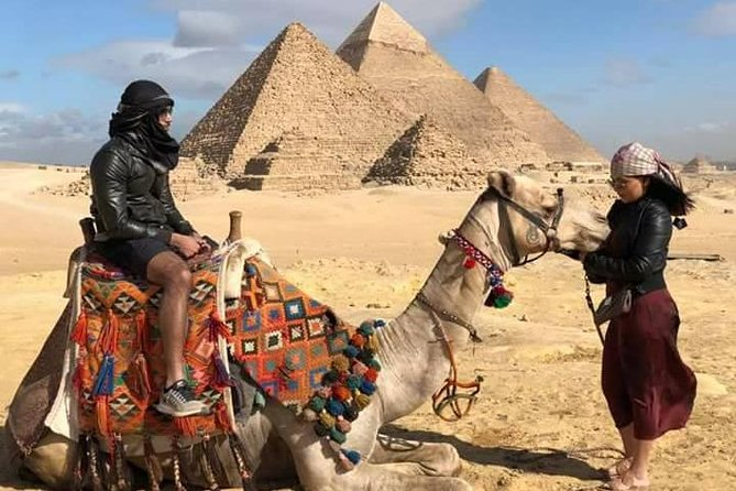We offer full day tours to the great pyramids of Giza photo 3