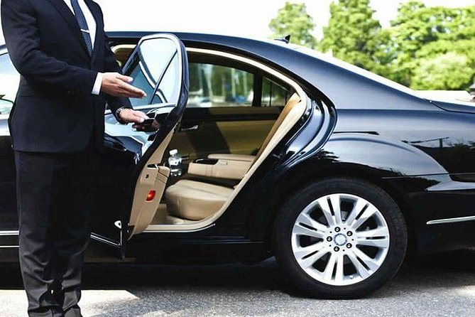 Personal Driver For Your Round Tour In Sri Lanka