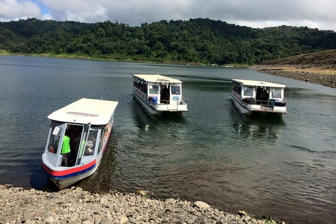 Crossing Lake Arenal & Monteverde & Arenal