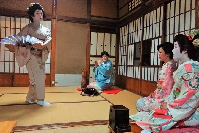 Kamakura Traditional Private Geisha Experience and Banquet Show