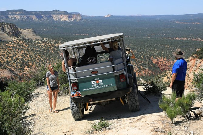 East Zion Red Canyon Jeep Tour