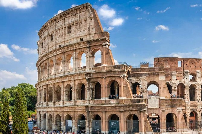 Early Morning tour of Colosseum, Roman Forum & Palatine Hill